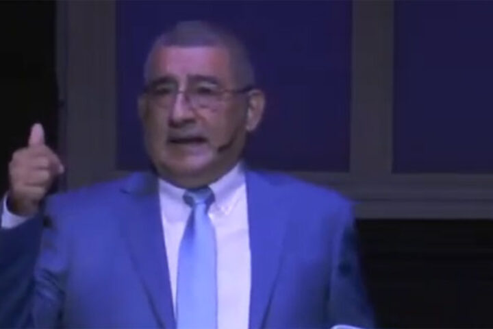 Pastor René Palacios